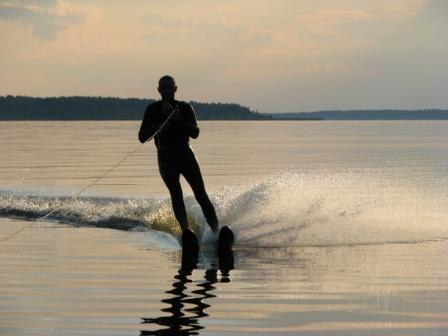 Водные лыжи